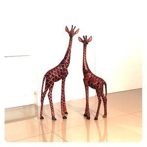 Giraffes (set of 2)